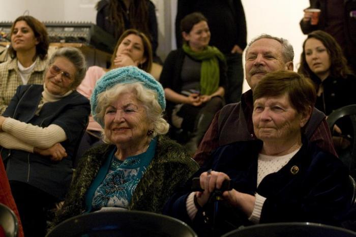פישקא מתגייסת לעזור לקשישים בדרום